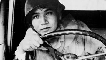 Một số tác phẩm văn học cách mạng đã khắc họa được hình tượng người chiến sĩ yêu nước đầu thế kỉ XX. Đó là những con người dù trong hoàn cảnh tù đày gian khổ, hiểm nguy vẫn luôn có tư thế hiên ngang, khí phách hào hùng và ý chí kiên định